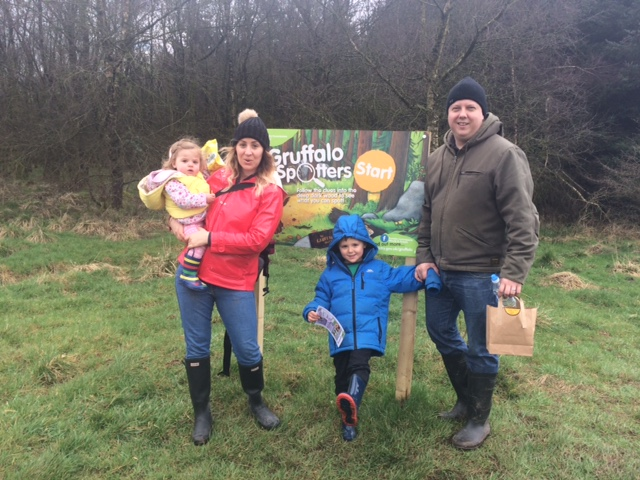 Picture of the family at the start of the Gruffalo trail