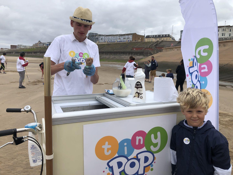 Tiny Pop Icecream seller